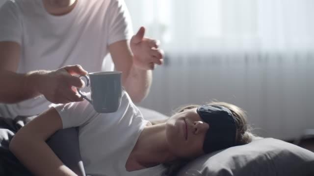 waking up with love - viziarsi video stock e b–roll