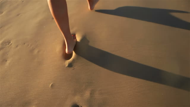 walking on sand video