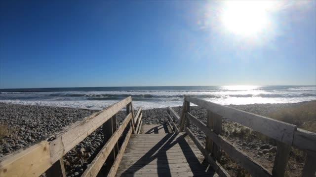 walkway to ocean - oceano atlantico video stock e b–roll