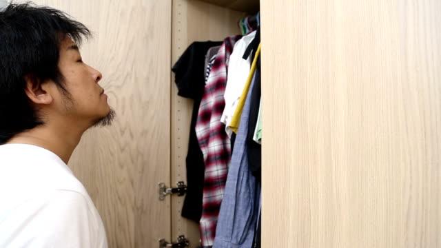 Wardrobe video