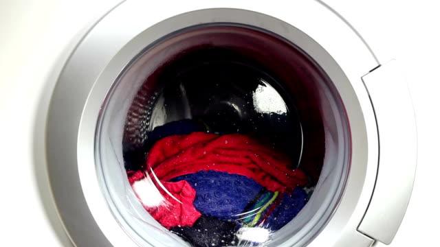 waschmaschine - waschmaschine stock-videos und b-roll-filmmaterial