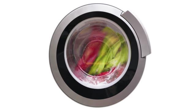 4k - washing machine washes colored clothes - pranie filmów i materiałów b-roll