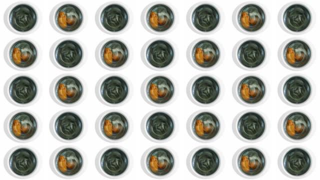waschen wand loop - waschmaschine wand stock-videos und b-roll-filmmaterial