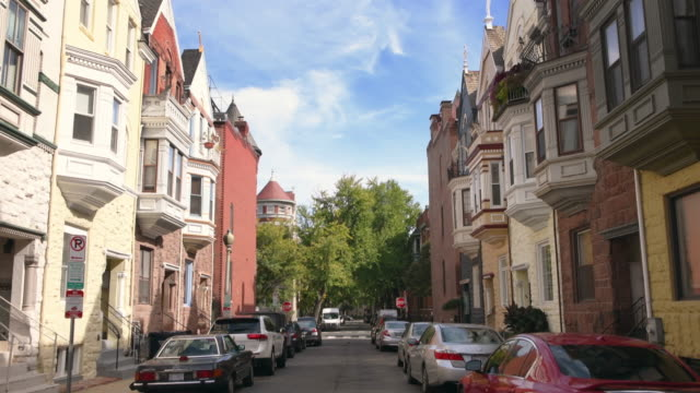 washington dc cityscapes dupont circle - stadtviertel stock-videos und b-roll-filmmaterial