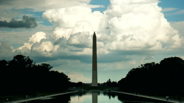 stockvideo's en b-roll-footage met washington monument time-lapse - nationaal monument beroemde plaats