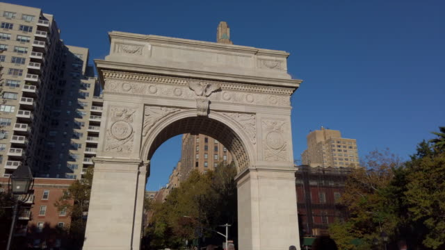 vidéos et rushes de arc de washington square - monument