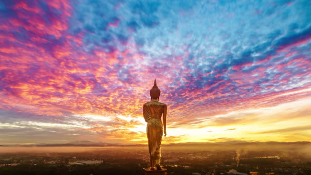wat khao noi at sunrise, nan thailand - tempio video stock e b–roll