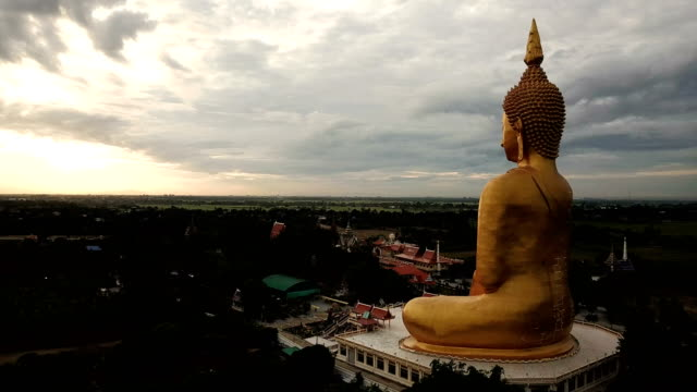 wat muang  ang thong thailand - wat video stock e b–roll