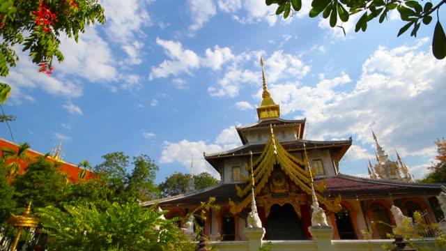 wat padarapirom tempel i chiang mai thailand - kungen av thailand bildbanksvideor och videomaterial från bakom kulisserna