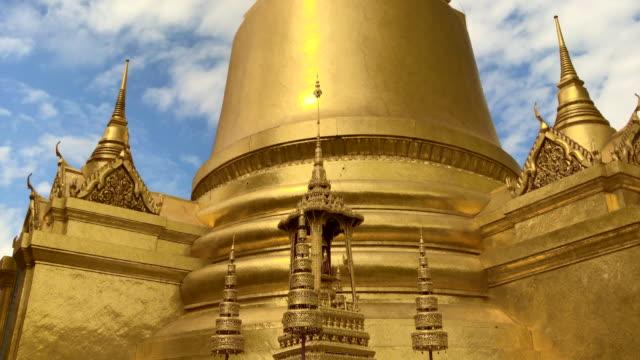 왓 프라 깨우 (에메랄드 사원 부처) 방콕, 태국 - 에메랄드 스톡 비디오 및 b-롤 화면