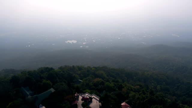 stockvideo's en b-roll-footage met wat phra dat doi suthep, chiang mai, thailand - klooster