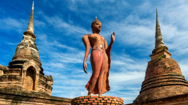 TL WS ZO of Wat Sa Sri templeat Sikhothai Historical Park, Thailand video