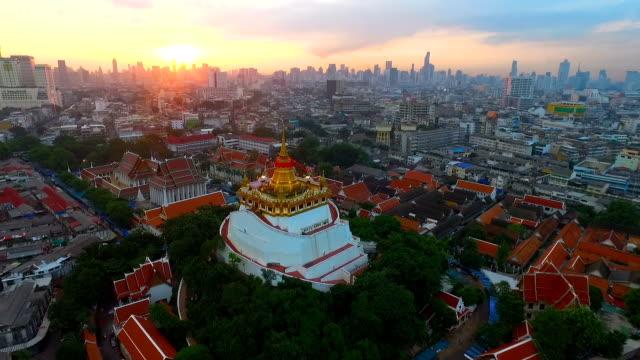 wat saket bangkok - bangkok stok videoları ve detay görüntü çekimi