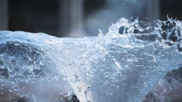 Wasserbrunnen Super Slow Motion – Video