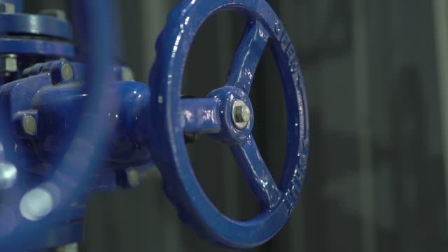 vatten industri ventil - barometer bildbanksvideor och videomaterial från bakom kulisserna