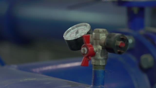 vatten trycks mätare - barometer bildbanksvideor och videomaterial från bakom kulisserna