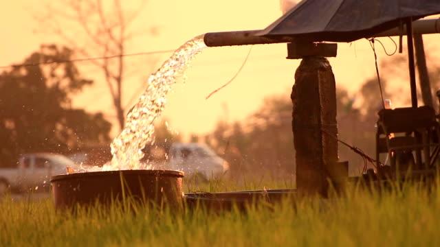 pompa dell'acqua - opec video stock e b–roll