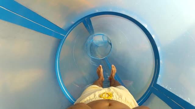 stockvideo's en b-roll-footage met water slide (hd) - opblaasband