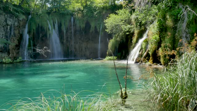 Waterfall and Lake in Plitvice, National Park, beautiful place in Croatia video