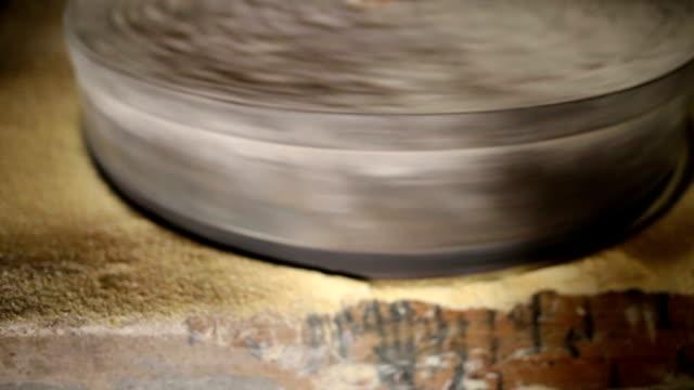 wassermühle - stein baumaterial stock-videos und b-roll-filmmaterial