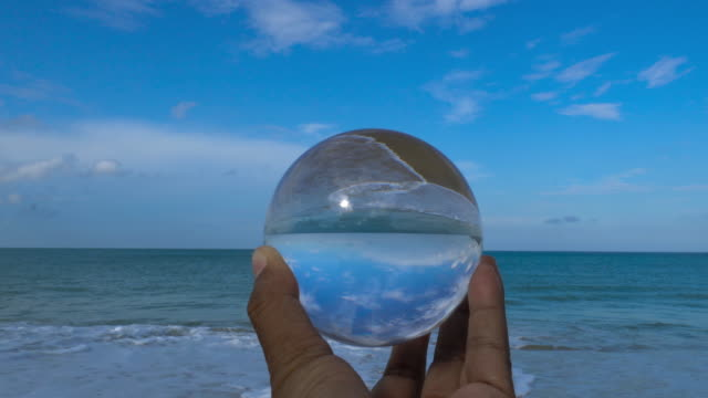 waves in the crystal ball - glass world video stock e b–roll