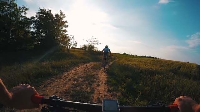 we love cycling. - percorso per bicicletta video stock e b–roll
