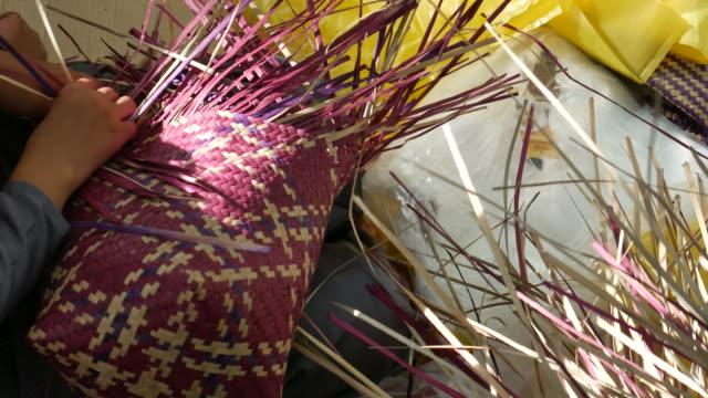 Weaving a wicker basket video