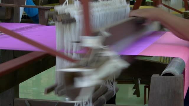 Weaving on loom video