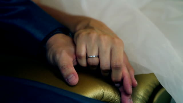 HD MACRO: Wedding ceremony