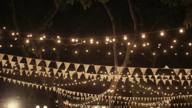 vídeos y material grabado en eventos de stock de cena de boda decoración - prometido