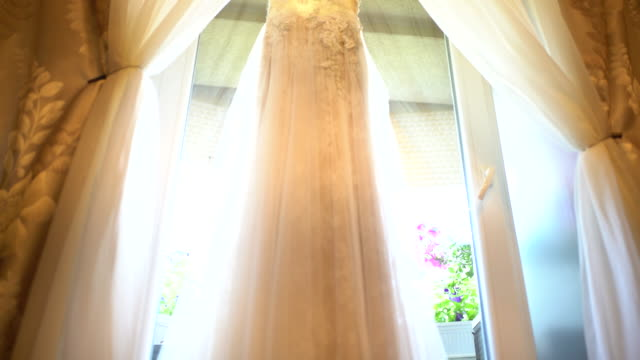Wedding dress video