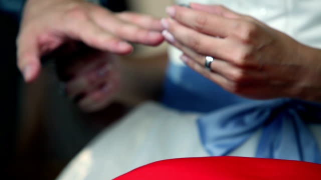 HD MACRO: Wedding ring