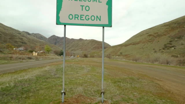 Welcome to Oregon Sign video