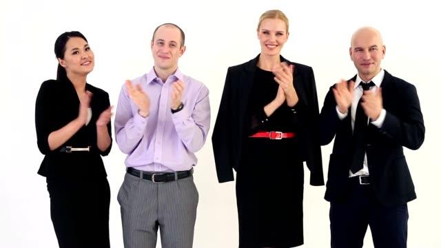benvenuti al nostro squadra di business - coinvolgimento dei dipendenti video stock e b–roll