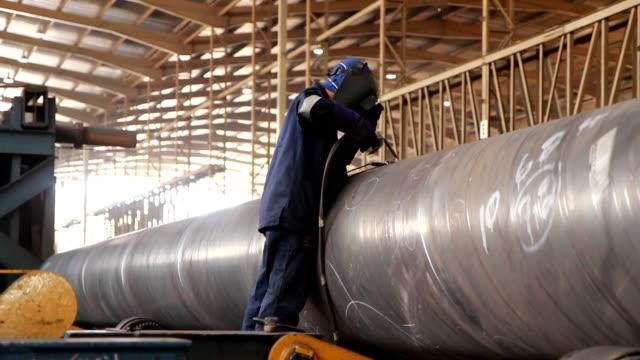 welder - pipeline bildbanksvideor och videomaterial från bakom kulisserna
