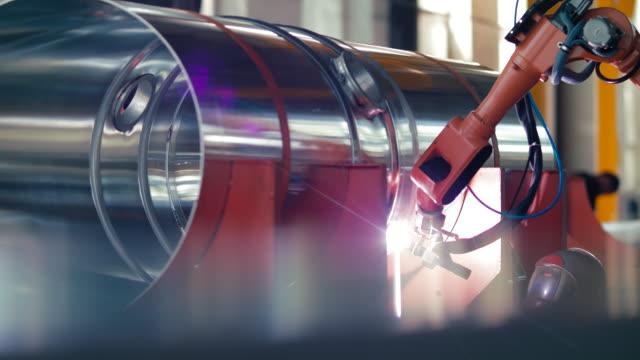 Welding work ; welder welding metal material video