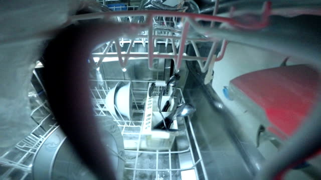 what happening inside the dishwasher PART 06/10  - what happening inside the dishwasher - dishwater on duty dishwasher stock videos & royalty-free footage