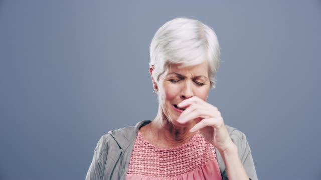 när sorg är djupaste, ord är minst - mature women studio grey hair bildbanksvideor och videomaterial från bakom kulisserna