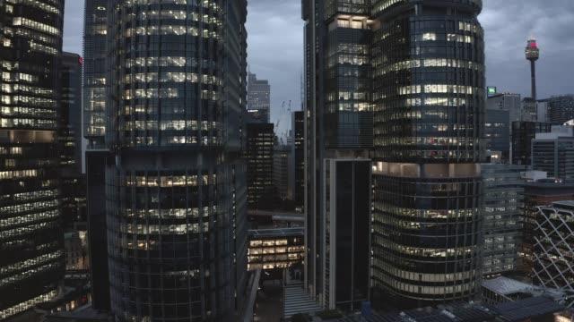 夜が来れば街は眠らない - 南アフリカ共和国点の映像素材/bロール