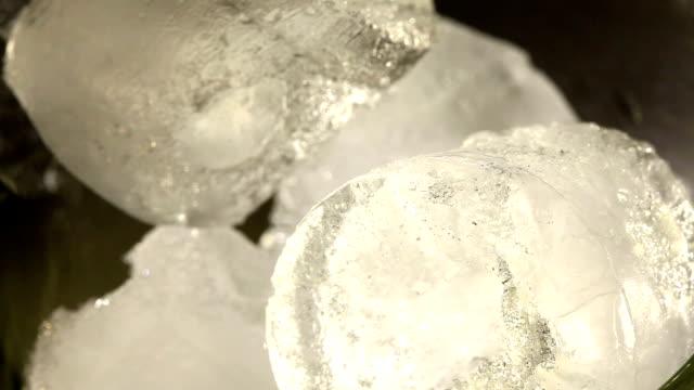 macro di whiskey - brandy video stock e b–roll
