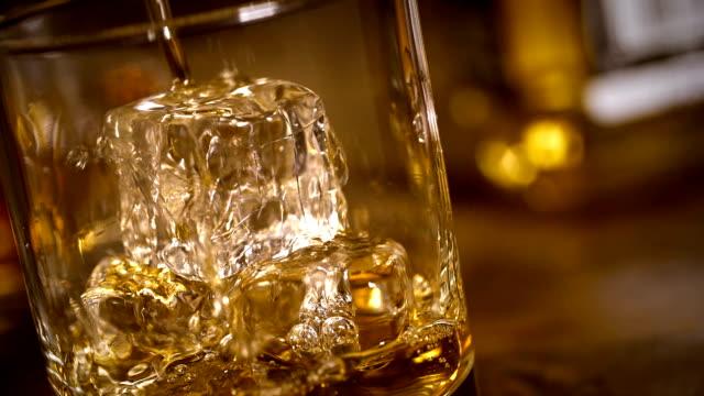 whiskey - whisky video stock e b–roll