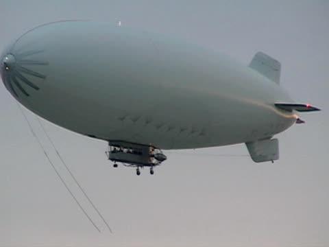 white blimp - zeplin stok videoları ve detay görüntü çekimi