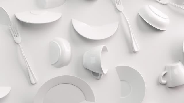 white food bakgrundskoncept för design menyrestaurang eller café. matflygblad. keramiska tallrikar och rätter. vita kaffemuggar och fat på en vit bakgrund. 3d göra - empty plate bildbanksvideor och videomaterial från bakom kulisserna
