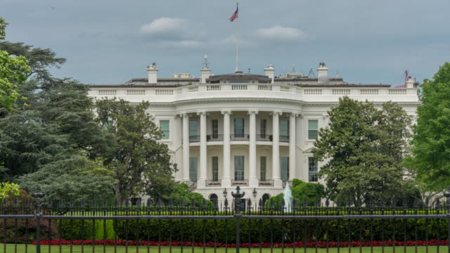 stockvideo's en b-roll-footage met witte huis zuid-gazon washington, dc in 4k/uhd als time-lapse - white house
