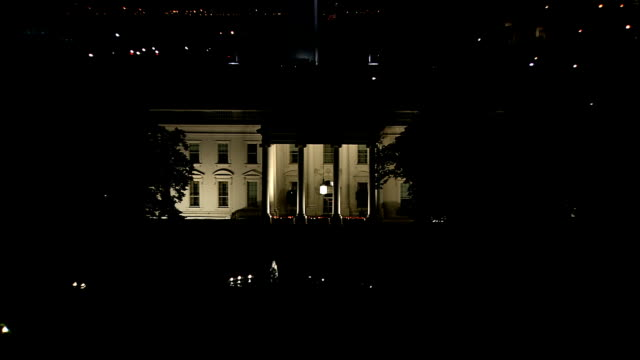 stockvideo's en b-roll-footage met white house - white house