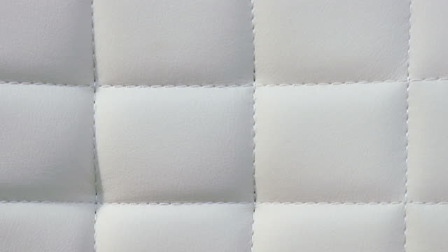 stockvideo's en b-roll-footage met wit leder sofa texture - dierenhuid huid