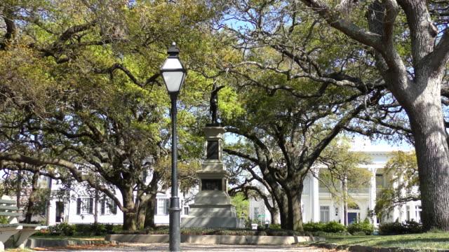 White Point Garden - Charleston, South Carolina View of White Point Garden and old mansions in Charleston, South Carolina. south carolina stock videos & royalty-free footage