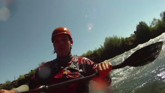ホワイトウォーターカヤック、「POV 」のカメラ ビデオ