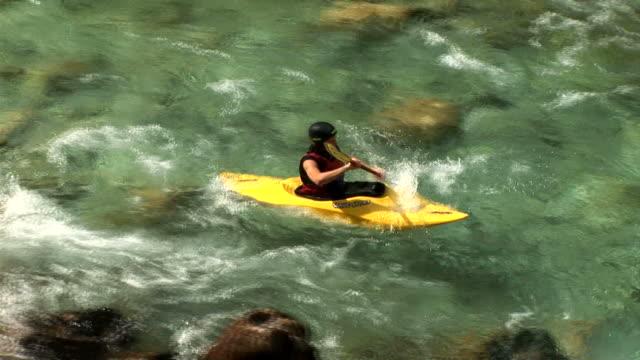 HD : Kayak en eau vive - Vidéo