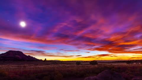 whitebeck rock solnedgång och stjärnor tidsfördröjning - dag bildbanksvideor och videomaterial från bakom kulisserna